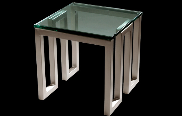 WINE TABLE | H